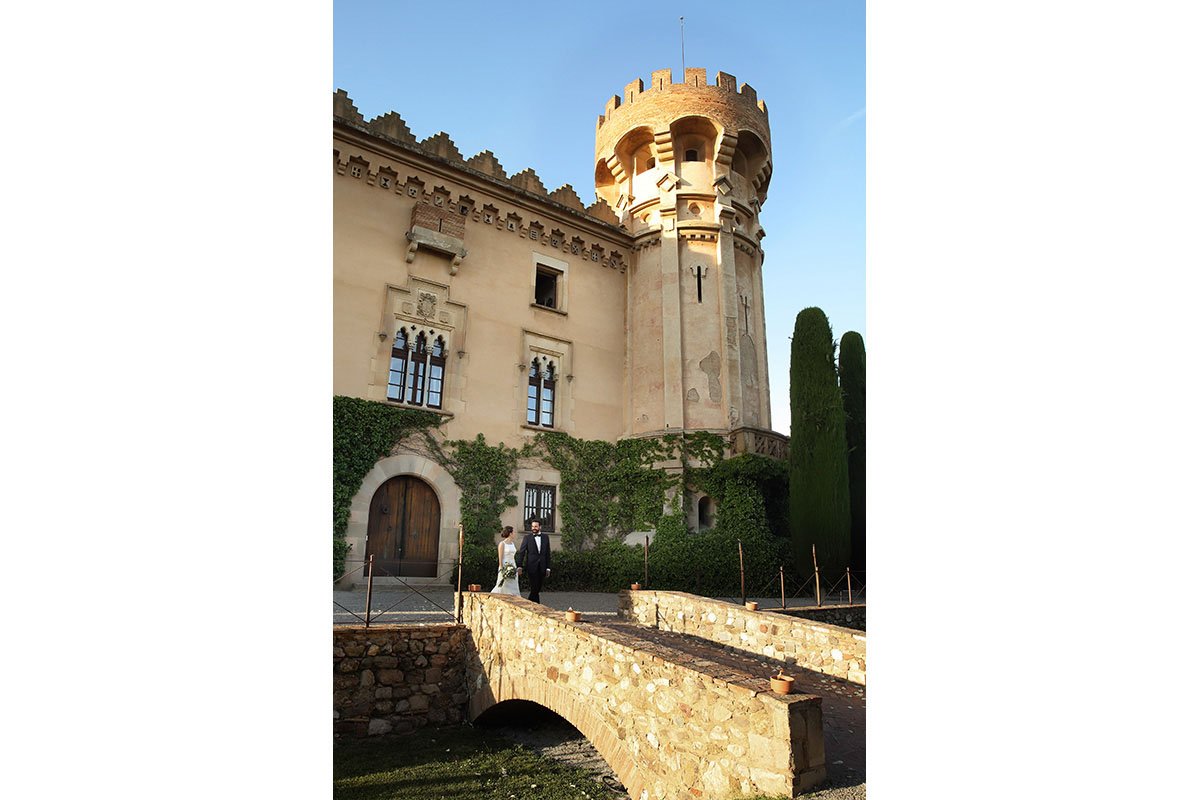 Civil ceremony in the castle sant marcal 28