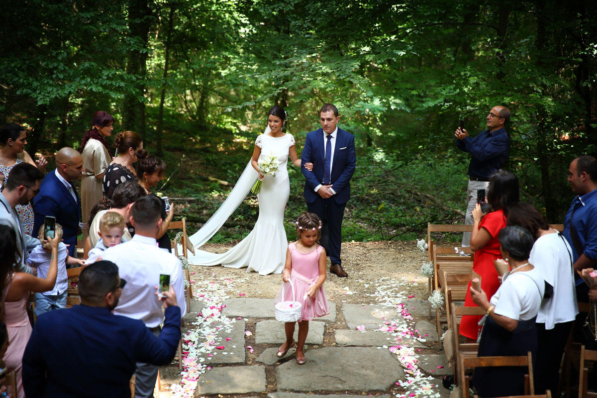 Romantic wedding in the forest 22