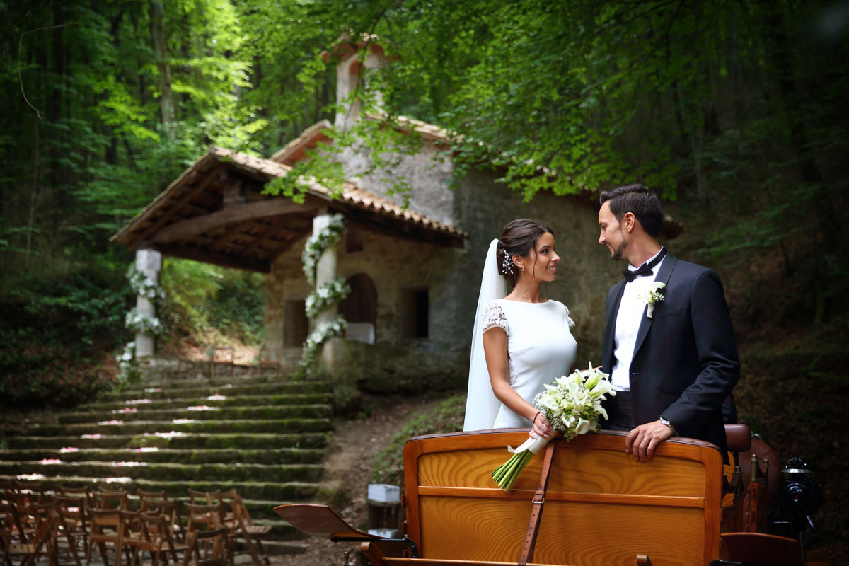 Romantic wedding in the forest 42