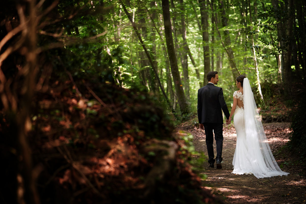 Romantic wedding in the forest 45