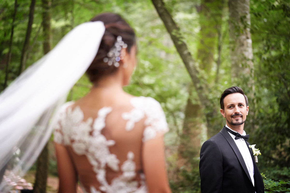 Romantic wedding in the forest 52